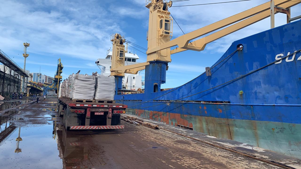 M. Dias Branco vai exportar para El Salvador mais de 2.400 toneladas de produtos